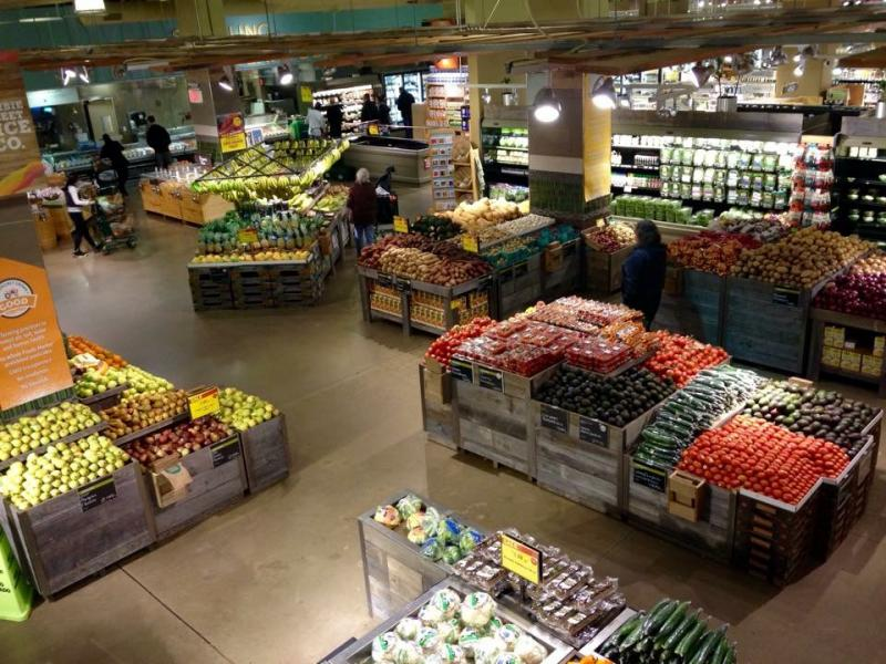 Whole Foods Marketの店内