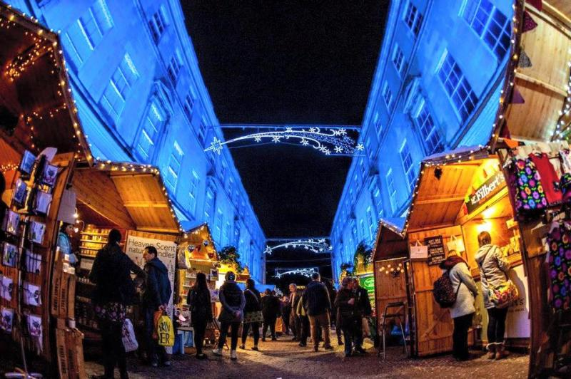 「Bath Christmas Market」の様子